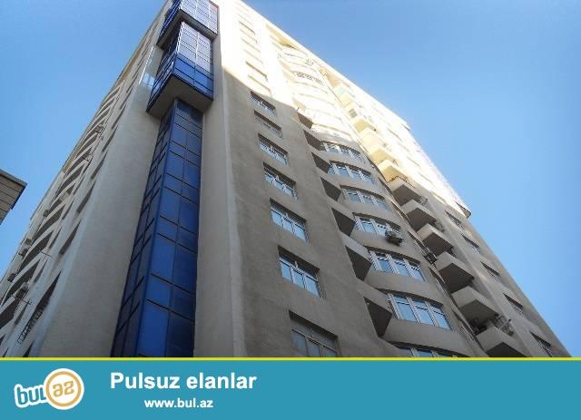 Продается квартира 3х комнатная в новостройке в центре города, по ул...