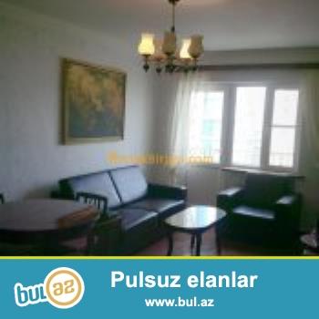 Сдаю большую уютную 2 комнатную квартиру (56кв.м.) в каменном доме в центре города позади пам...