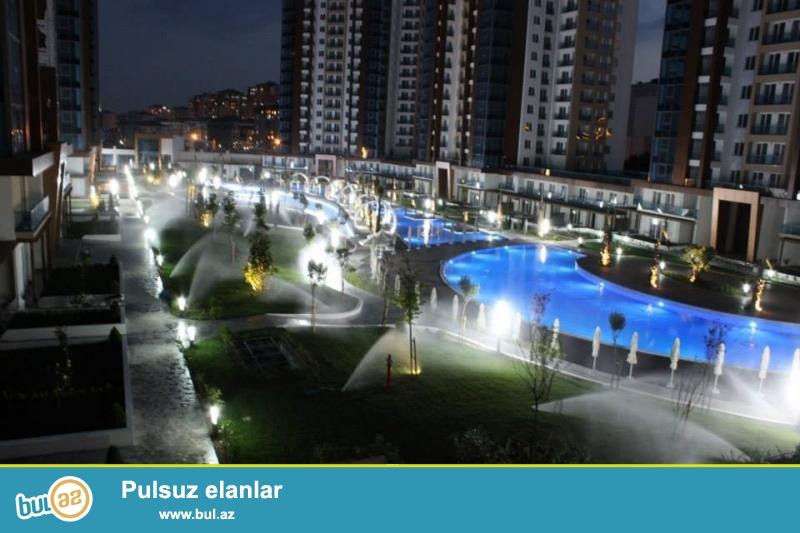 TECILI !!! Istanbulun Mermere denizi menzereli Beylikduzu bolgesinde ultraluks, agilli ev sistemi ile isleyen ( evinizi planset ile dunyanin istenilen yerinden idare edebilersiniz), tam temirli, bagli site icinde ( avtodayanacaqli ) 2 otagli 66m2 rezidans satilir...