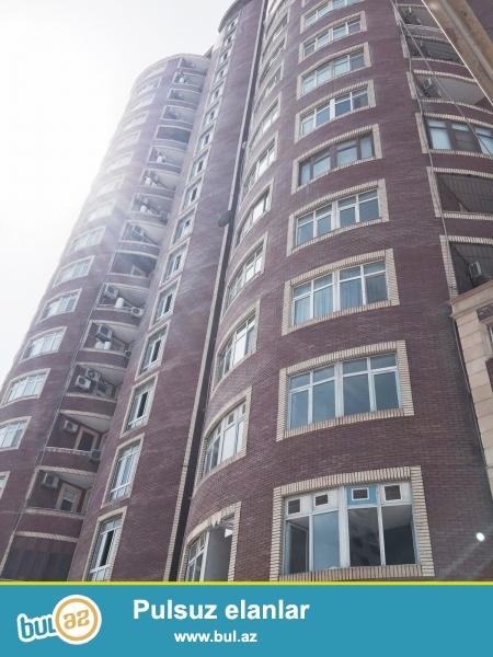 Новостройка! Cдается 3-х комнатная квартира в центре города, на пересечении улиц Азадлыг и Г...
