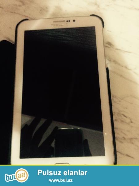 Salam Samsung Galaxy Tab 3 7.0 satiram hec bir problem yoxdu 2 aydi almisam plonka korpus var adaptor ustunde verirem Gencede Vagzalda qaliram whatcapp lada yaza bilersiz