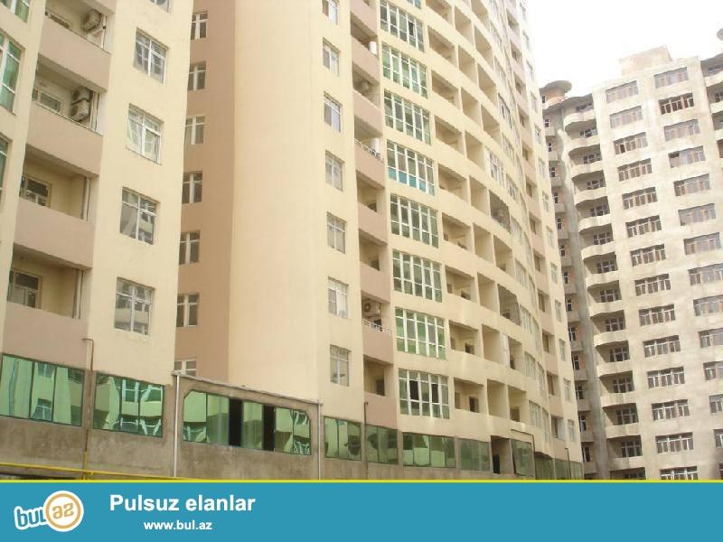 В районе м. Хатаи, прямо у выхода, элитном комплексе сдается 2-х комнатная квартира, 16/12, общая площадь 93 кв...