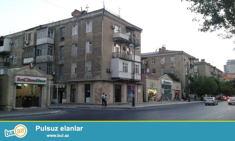 Продается 2-х комнатная классическая сталинка, 4/4, Хатаинский район, по улице А...