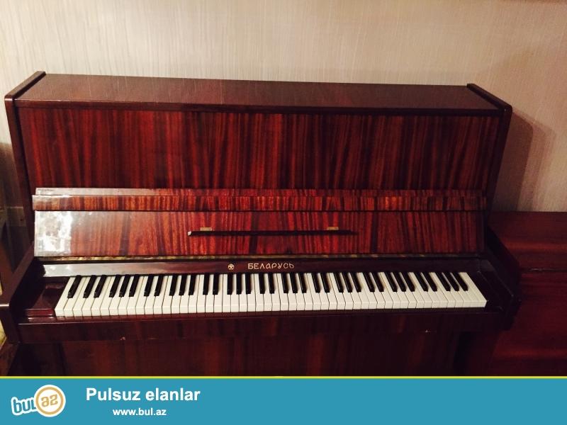 Pianino Belarus ela veziyyetdedir.Istifade olunmuyub