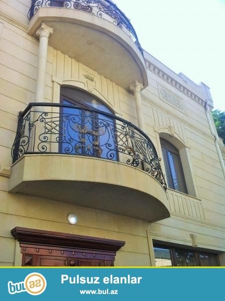 Срочно! По проспекту Гасана Алиева  (бывший Инглаб ), рядом с рестораном *ТОНГАЛ * сдается в аренду на долгий срок, 3-х этажная, 9-и комнатная, площадью 800 квадрат, с евро ремонтом вилла ,расположенная на 2...