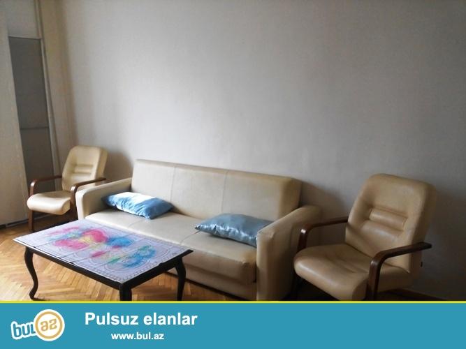 Cдается 1 комнатная квартира, центре города, рядом с садиком Сабира...