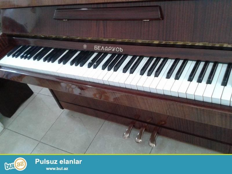 deal veziyyetde Beıarus pianinosu. Qiymet 500 manat...
