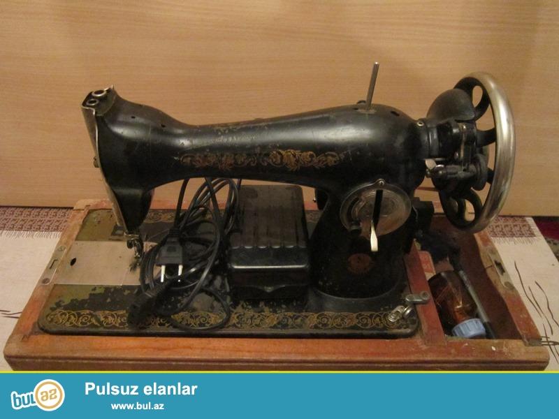Швейная машина ПМЗ Калинина<br /> Сделано в СССР<br /> Машина в отличном состоянии