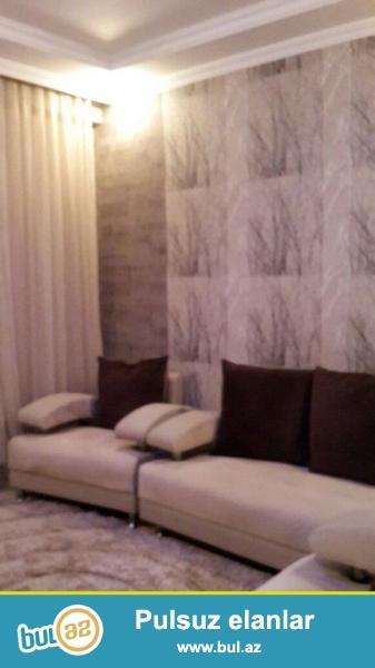 <br /> Очень срочно!  Рядом с м/с Хези  Асланова   продается  2-х комнатная квартира нового строения 17/20, площадью 91 квадрат  ...