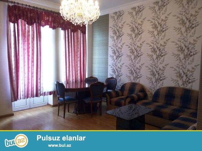 Cдается 3-х комнатная квартира в центре города, по улице Низами(Торговая)...