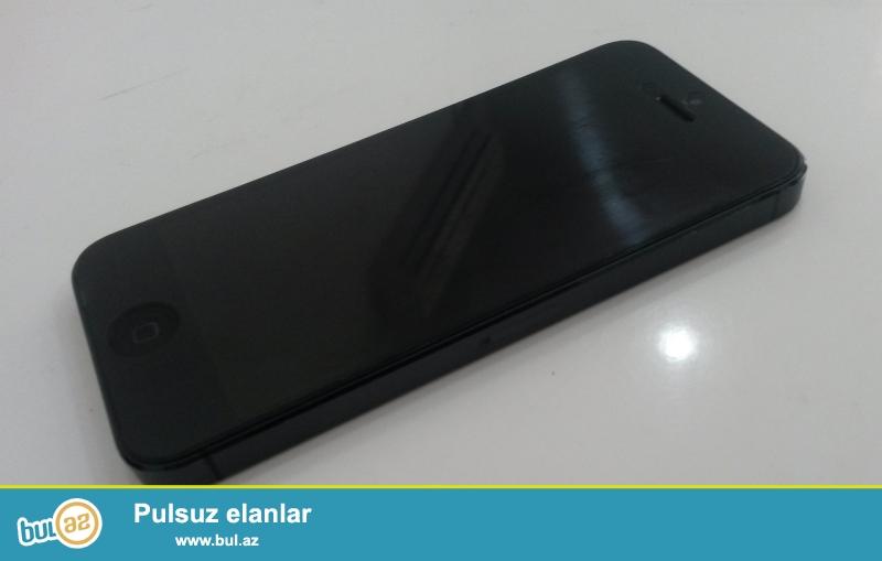 IPhone 5 16 gb  Qara Rəng Çox ucuz qiymətə ( 260 azn )<br /> <br /> Telefon Vizual və Texniki olaraq əla vəziyətdədir...