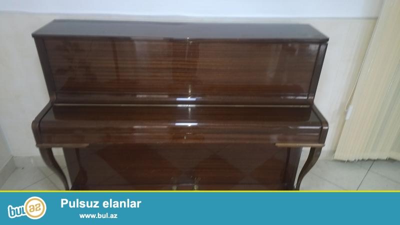 Pianino Alman istehsali ZIMMERMANN 1884 cu il rengi aciq sabalidi yaxsi veziyyetde yasamal rayonu h...