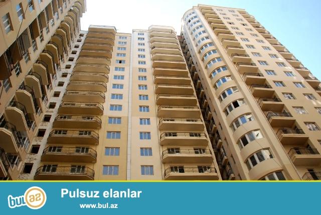 ЭКСКЛЮЗИВ!!! В районе Ени Ясамалы, около детского сада Албалы, в элитном, жилом комплексе с Газом продается 3-х комнатная квартира, 19/2, общая площадь 115 кв...