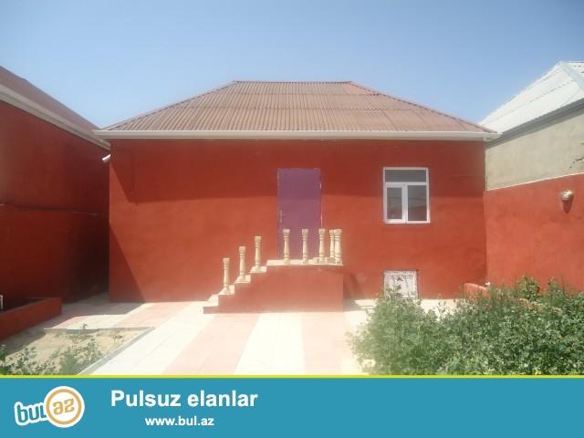 Sabunçu rayonu Maştağa Buzovna yolunun üstündə palma marketin arxasında əsas yoldan 400 metr məsafədə 1...