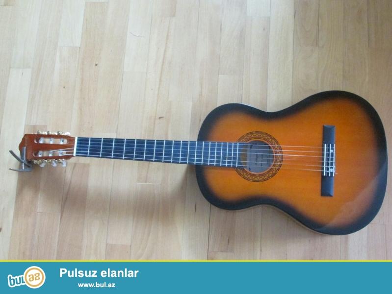 Tecili pul lazimdi Klassik gitar kapo cexol tecili satilir 70 AZN-a 055-824-50-27