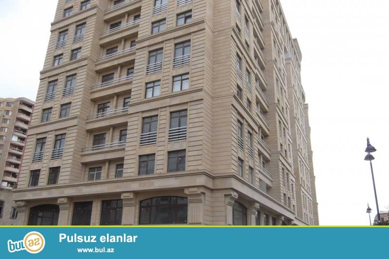 В районе 5 мертебе, за МИД, в элитном, полностью заселенном комплексе сдается 3-х комнатная квартира, 17/12, общая площадь 125 кв...