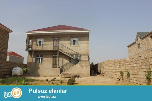 (Elşən).Abşeron rayon Zabrat Maştağa yolunun üstü 5 sot torpaq sahəsində 2 mərtəbəli ev satılır...