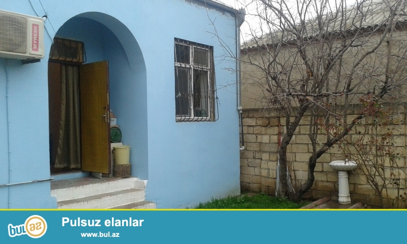 #14#                                                        <br /> Xirdalanda merkezde 2 sotda 3 otaq kupcali  kombili heyet evi satilir 55...