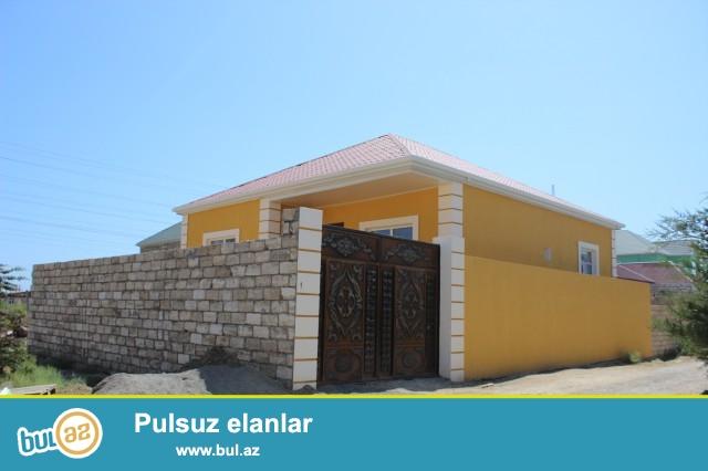 Sabuncu rayonu, Zabrat 2 qəsəbəsi, əsas yoldan 200 m məsafədə Elektrik stansiyasının arxasında 1,7 sot torpaq sahəsində 7 daş kürsülü,ümumi sahəsi 109 kv...