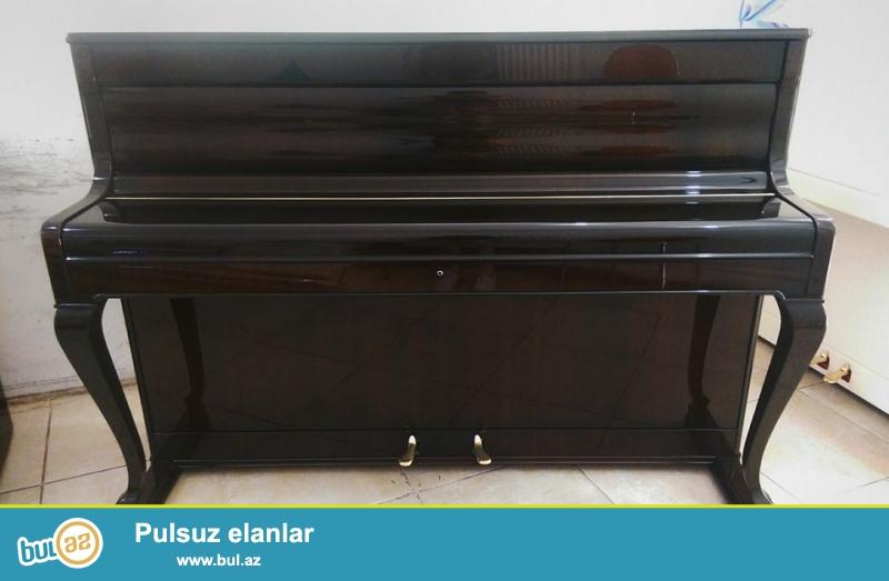 Piano WEINBACH ANTIC (model ANTIGUE) - Çox nadir rastlanan modelde, eyilmiş fiqurlu ayaqlalarla ve royal qapağı ile...