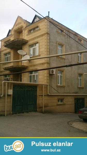 Tecili satilir. Vorovskide 3 mertebeli Villa, Temirli...