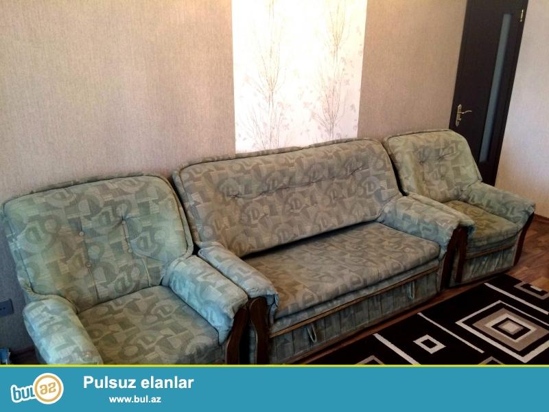 İşlənmiş divan-kreslo satılır, yaxşı vəziyyətdədir...