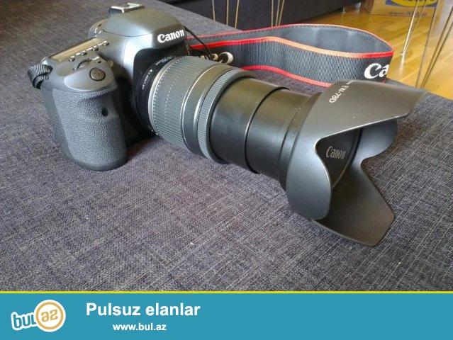 Canon 7D body ve 18-200 mm obyektiv.Elave olaraq Qoruyucu Filtr + Blenda + 16 GB yaddas karti...