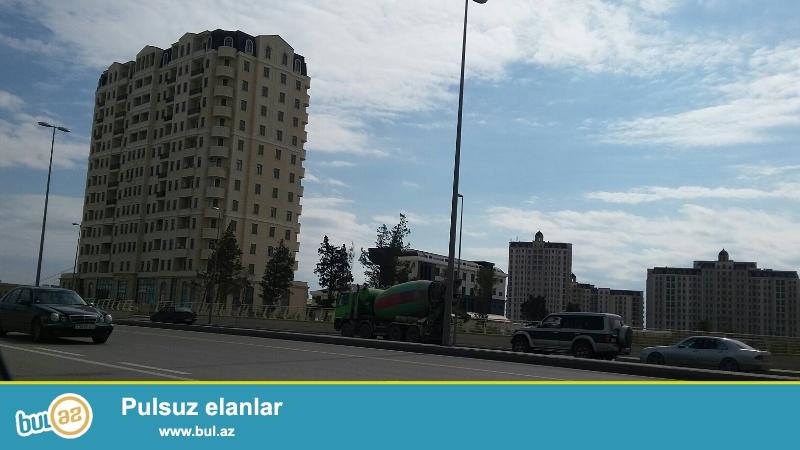 Продается 2-х комнатная квартира, по улице Зия Буниядова, около метро Короглу, «ПОД МАЯК», общая площадь 75 кв...