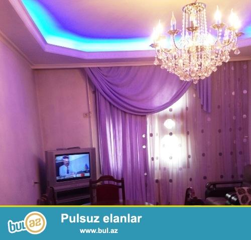 Cдается 3-х комнатная квартира в центре города, в Наримановском районе, рядом с метро Гянджлик...