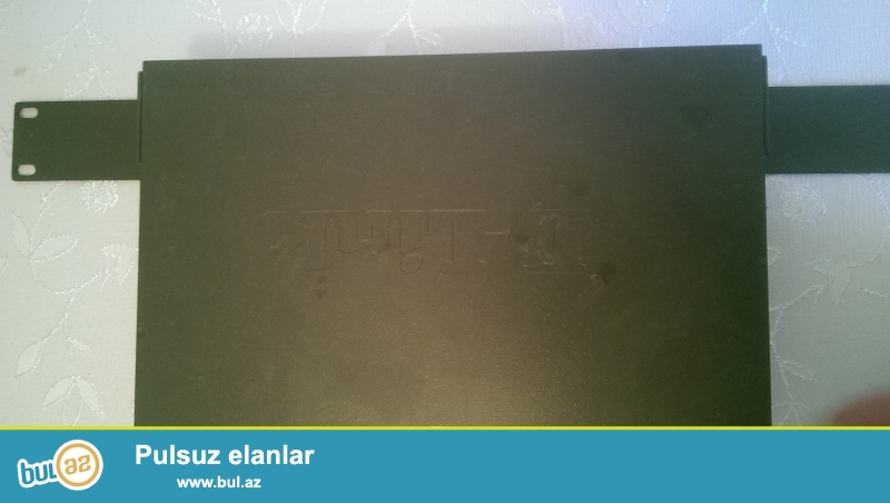 TPLINK 16 port satilir. 30AZN<br /> whatsapp var. (055)214-25-15