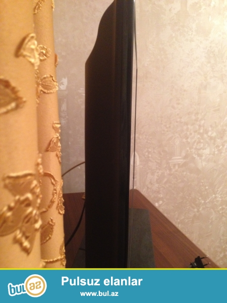 Samsung TV 102 dioqonal. Chox az istifade olunub ela veziyyetdedir.