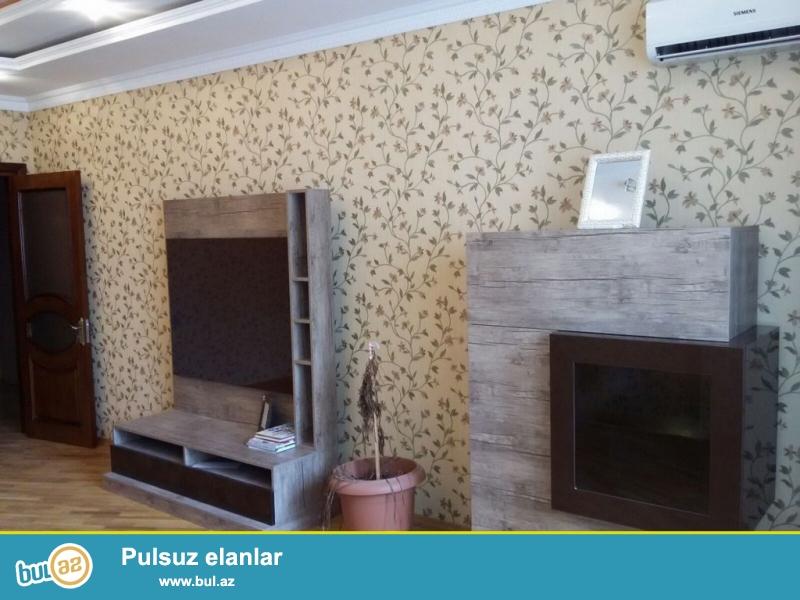 Очень  срочно! Продается 2-х комнатная  квартира  нового строения  площадью  80 кв ,  4/12, расположенная  на проспекте Гасана Алиева (бывший  Инглаб в Хим городок)...