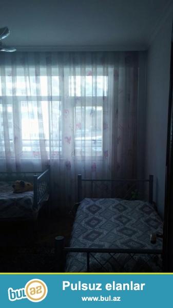 В районе Ени Ясамалы, около Витал клиники, в засёленном, жилом комплексе с Газом продается 3-х комнатная квартира, 14/3, общая площадь 106 кв...