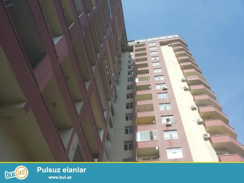 Продается 3-х комнатная квартира, Наримановский район, по улице Тебриз, недалеко от Министерства Образования, заселенная новостройка, 5/17, общая площадь 166 кв...