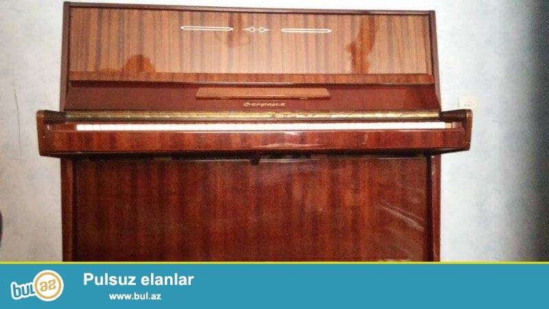 İdeal veziyyetde Fantaziya pianinosu satılır. Çatdırılma ve köklenme qiymete daxildir...