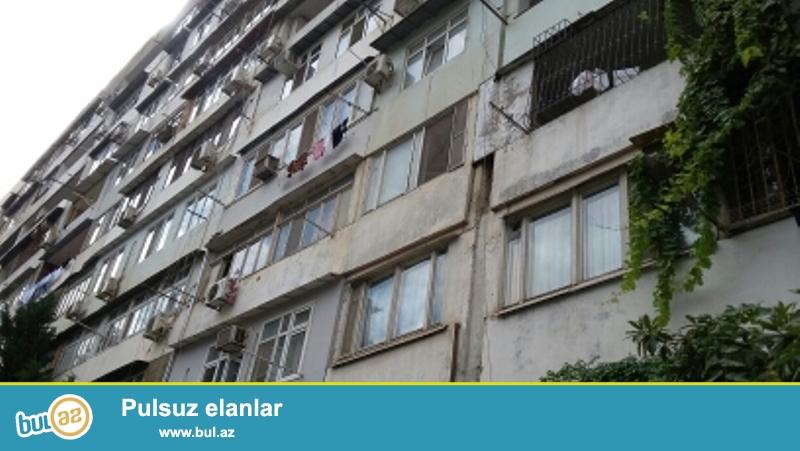 Продается 3-х комнатная квартира переделанная в 2-х комнатную, 6/9 этажного экспериментального здания, общая площадь 80 кв...