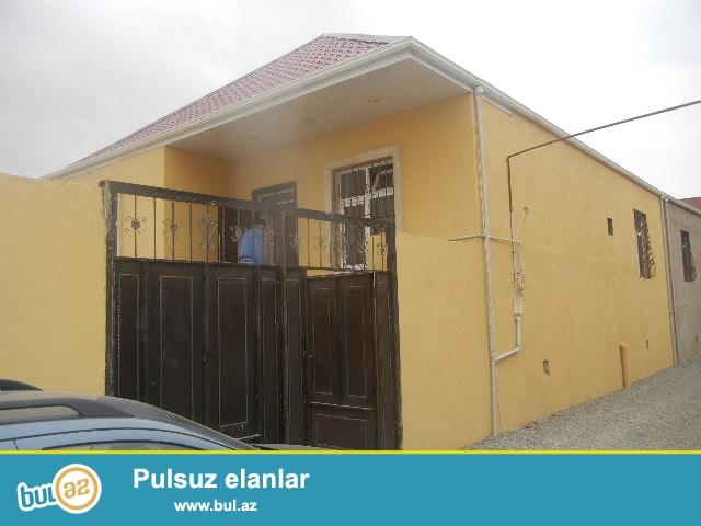 Bileceride Ag sarayin ve 91 nomreli marwurutun yoluna yaxin  100 kv   3 otaqli heyet evi satilir...