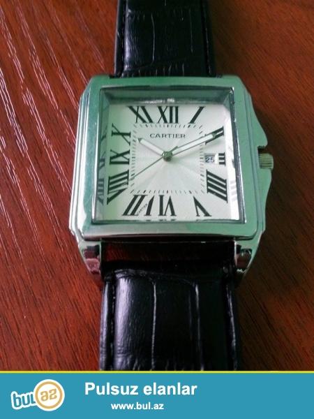 Cartier Tank watch:Kvars mexanizm,mineral şüşe,paslanmayan polatdan korpus,deri kemer,ay göstericis,fosforlu eqreblerle,suya ve zerbeye davamlı...