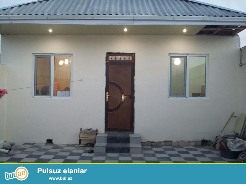 Bineqedide Gulustan 15-de 1 sotda 85 kv 3 otaq h/t , metbex temirli heyet evi satilir...