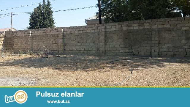 Tecili Satilir Xezer rayonu bine qesebesinde 5 sot senedli torpaq satiram...