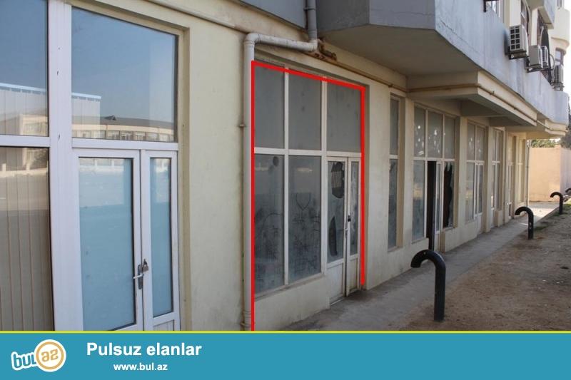 DƏYƏRİNDƏN AŞAĞI!!! Xətai rayonu, H.Aslanov metrosu yaxınlığında 1/17 ümumi sahəsi 31 kv...