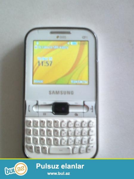 Samsung DUOS c3222 satıram. wifi dəstəkləyir 2 nömrəli və memory kart dəstəkləyir ağ rənglidir.