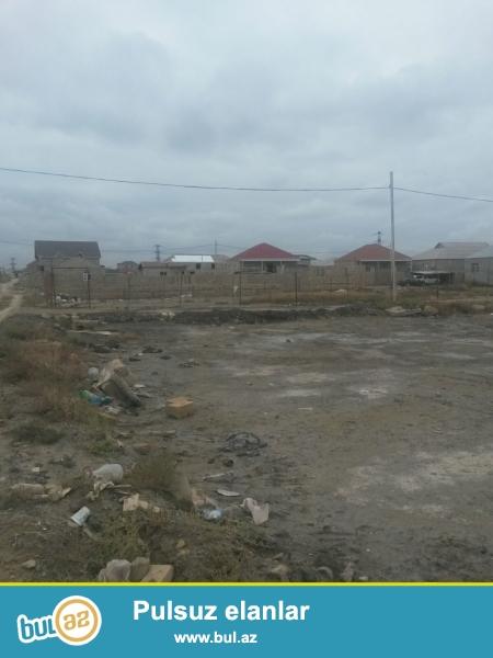 Sabunçu rayonu, Zabrat 2 qəsbəsi İstixana kombinatında, 5 mərtəbəli binanın yaxınlığında 3 sot torpaq sahəsi satılır...
