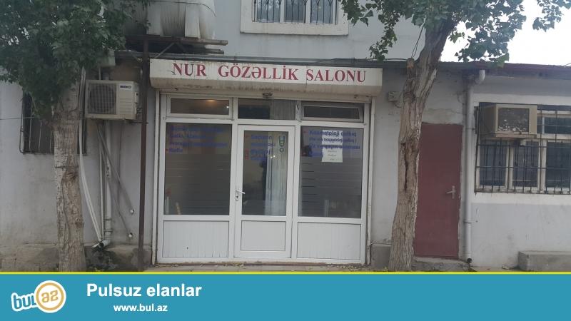Hər bir şəraiti olan gözəllik salonu. 15 ildir eyni xanim isdedirdi burani...