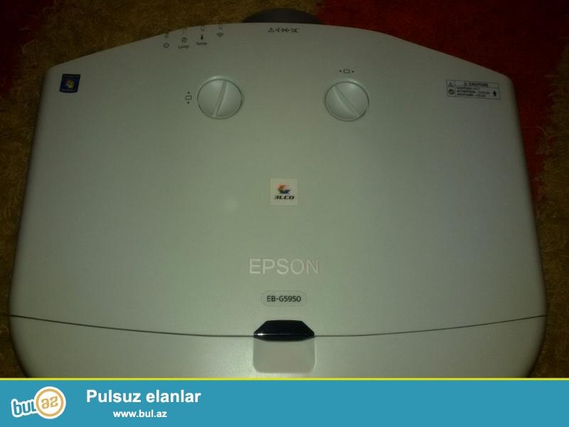 NEC M350xs-1600 AZN ; Epson EB-G5950- 3000 AZN ; NEC PA550W- 5000 AZN ; proektorlarin her biri tezedir, real alicilar üçün qiymetde razilaşmaq olar