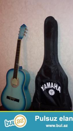 Gitara satiram. 100AZN. Pulu 3 defeye vermek mumkundu...