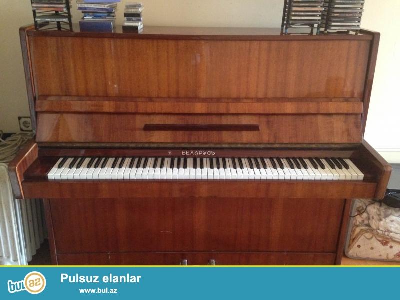 """Ela qiyemete """"Belarus"""" pianino satilir. Alət ideal veziyyetdədir."""
