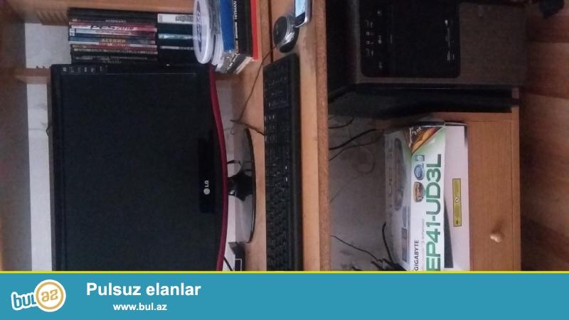 <br /> MONITOR TV 23 LCD FULL HD<br /> hem tv hem msnitordu boyuk ekrandi <br /> 3ildir ishledirem hecbir problemibyoxdu...