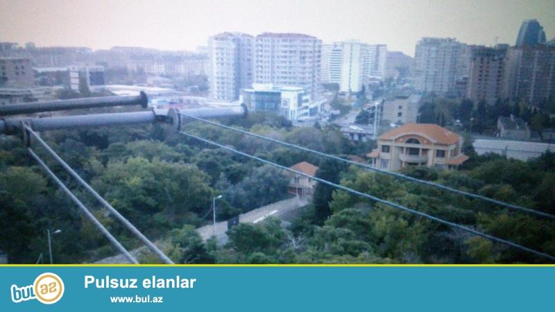 N.Nerimanov r-da.Montin qesebesinde Leninqrad layiheli 9/9   2 otagli super temirli kupcali ev satilir...
