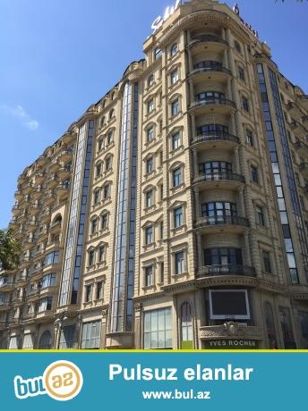 Новостройка! Cдается 4-х комнатная квартира в центре города, в Сабаильском  районе, над метро «Сахиль» Этаж 8/14...